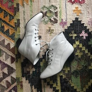 Vintage Mobility Ankle Booties